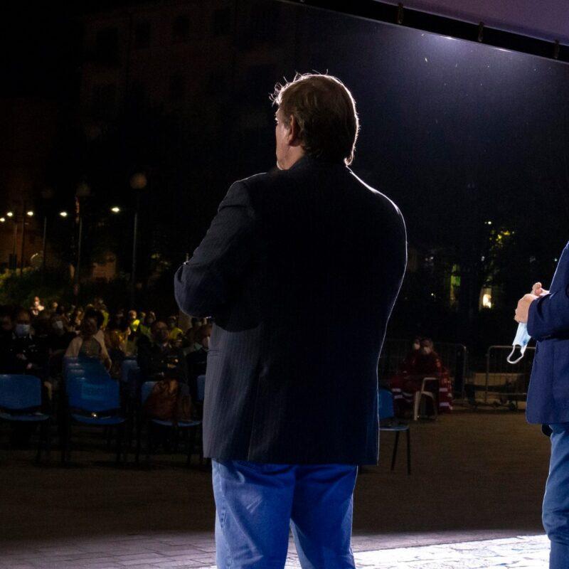 """Ambrogio Crespi (regista) e Luigi Crespi (autore), durante la presentazione del docufilm """"A Viso Aperto"""""""