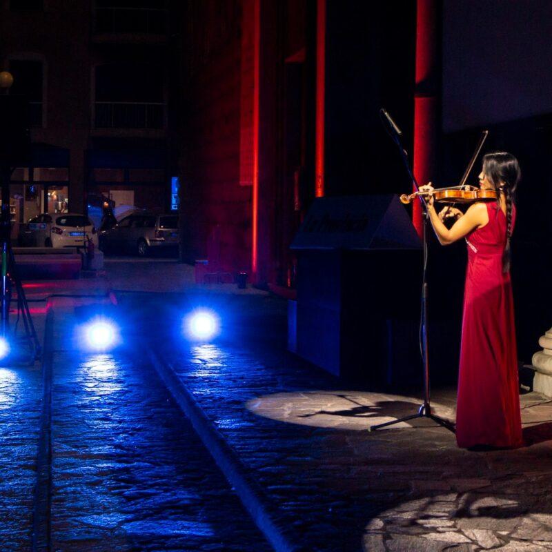 """Lena Yokoyama (violinista) apre la proiezione del docufilm """"A Viso Aperto"""""""