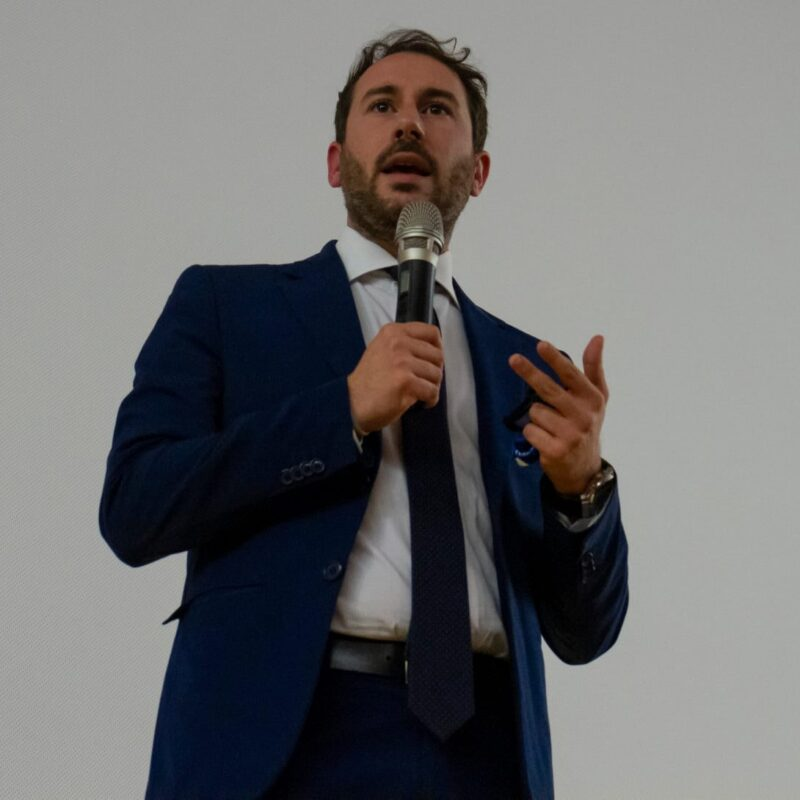 """Giacomo Ghilardi (Sindaco di Cinisello Balsamo) durante la presentazione del docufilm """"A Viso Aperto"""""""