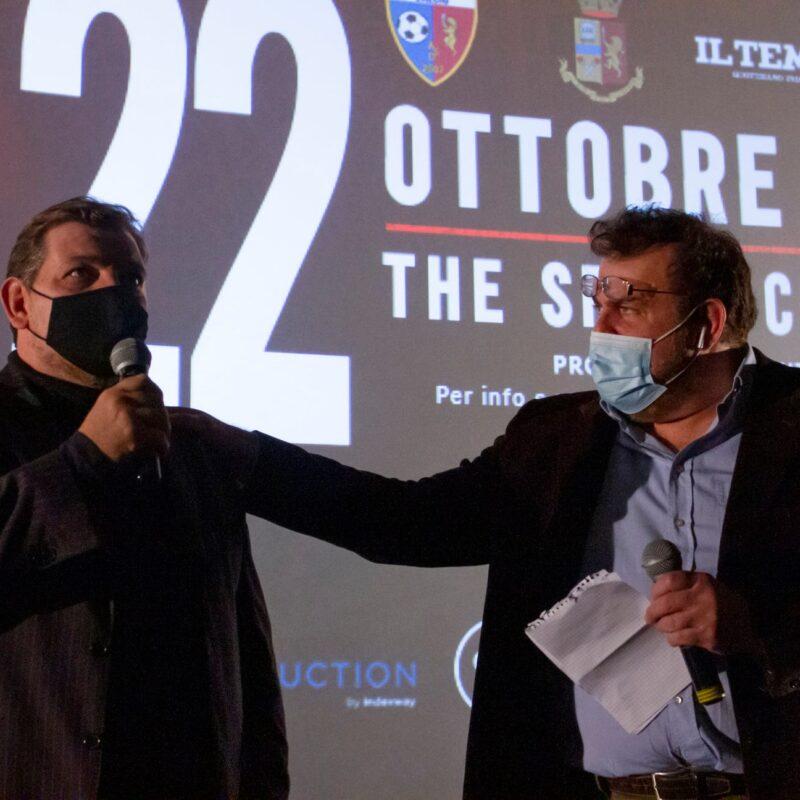 """Ambrogio Crespi (regista) e Luigi Crespi (autore) durante la presentazione del docufilm """"A Viso Aperto"""""""