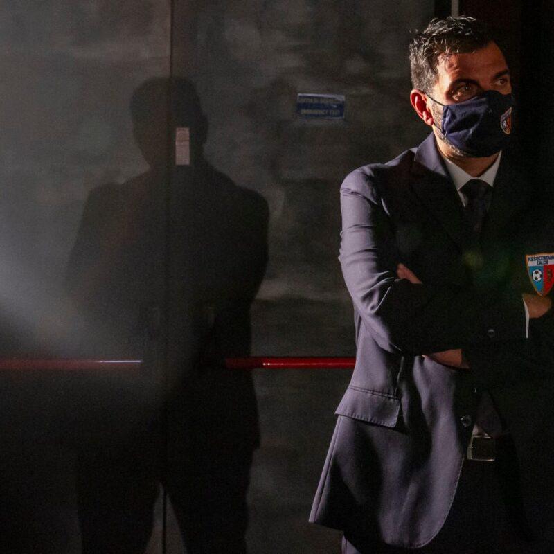 """Franco Lembo (Assocentauri Calcio ASD) durante la presentazione del docufilm """"A Viso Aperto"""""""