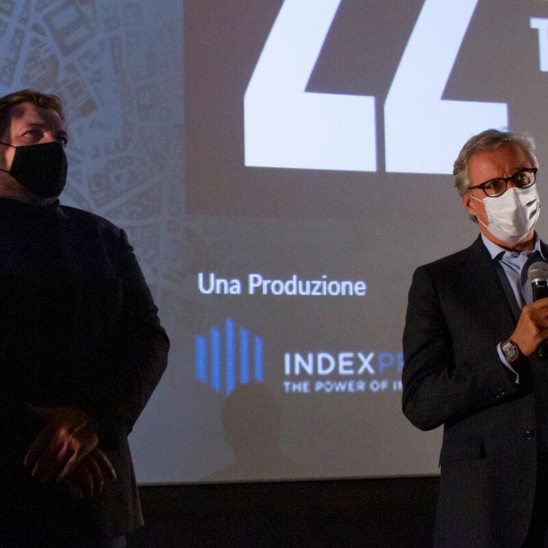 """Ambrogio Crespi (regista) e Alessandro Grandinetti (Partner PwC Italia) durante la presentazione del docufilm """"A Viso Aperto"""""""