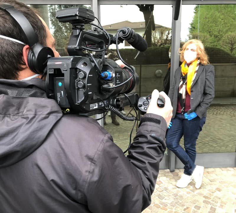 """Erika Andreetta (Promotrice della riconversione industriale) durante le riprese del docufilm """"A Viso Aperto"""""""